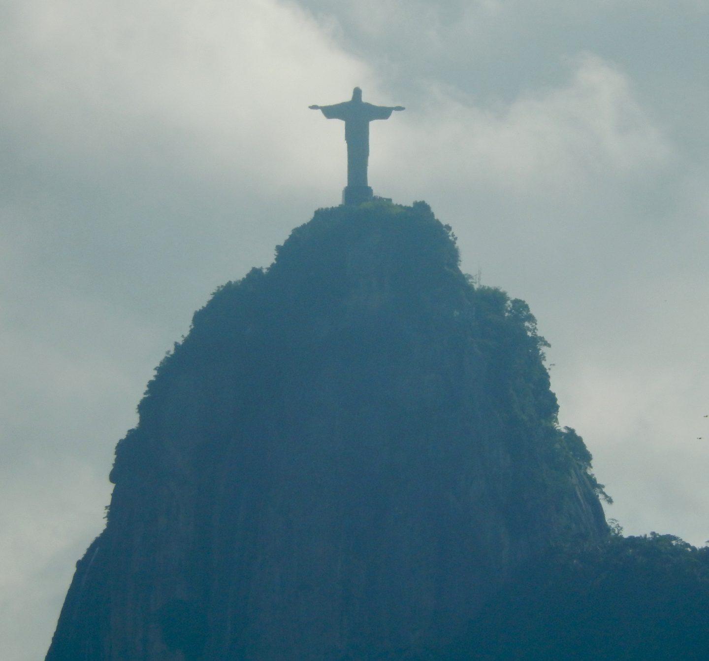 Visting Favelas Responsibly - Footloose Lemon Juice