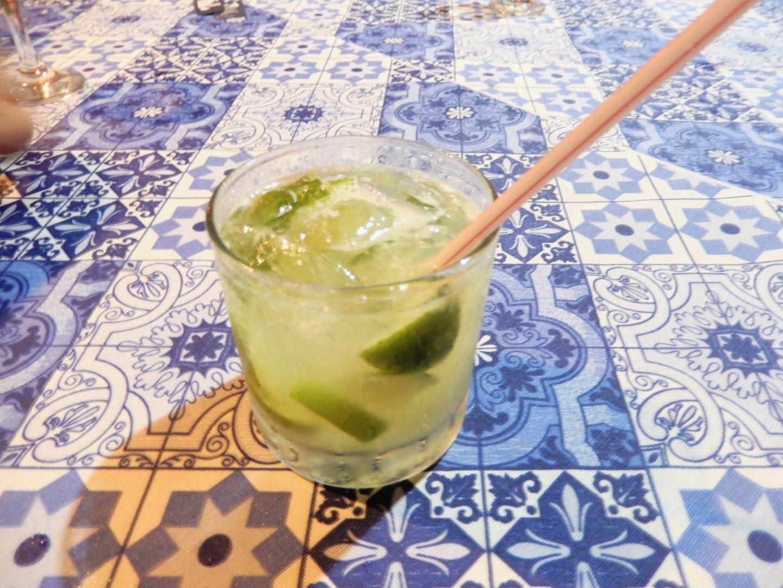 Cachaça de limão by Footloose Lemon Juice